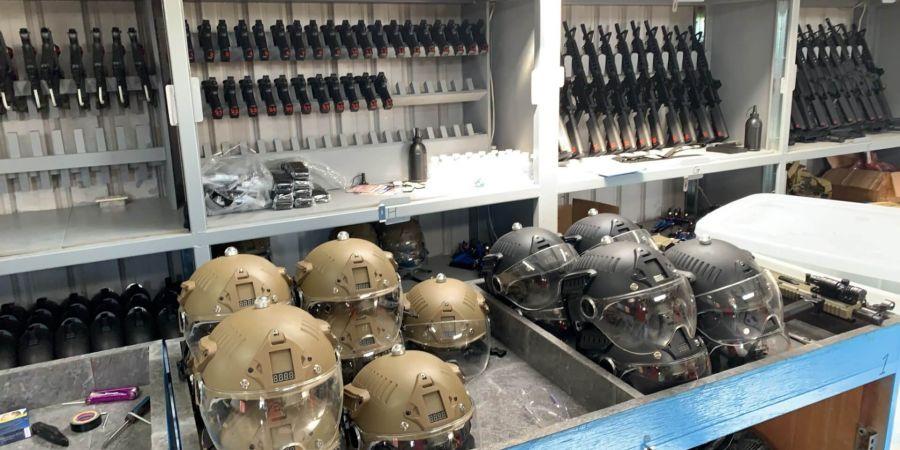 水彈對戰的感應式頭盔