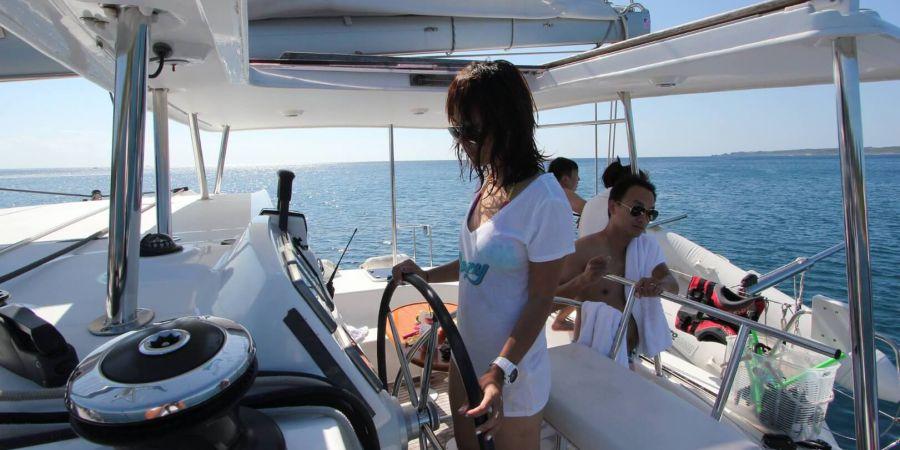 可體驗試駕帆船